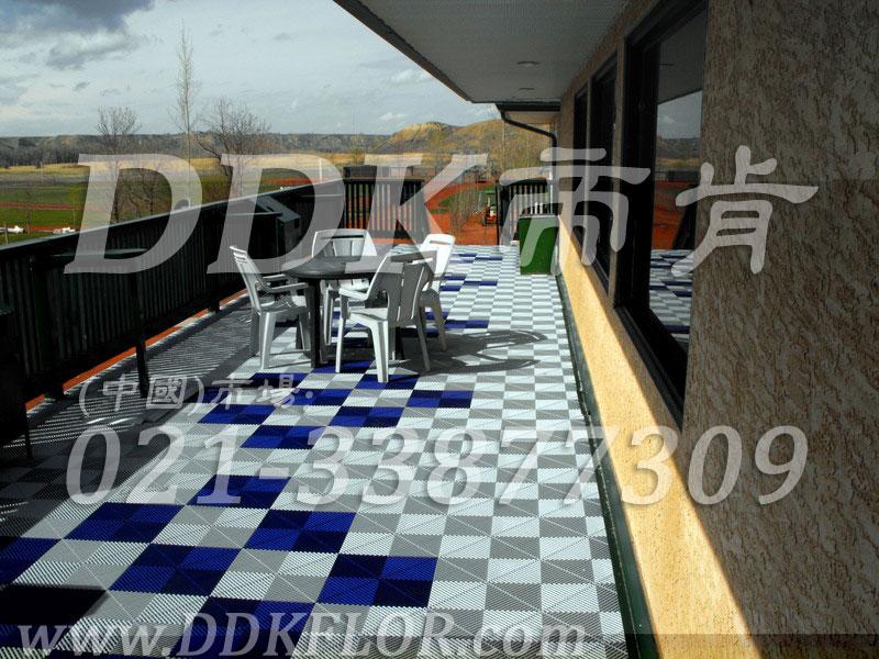 室外露台地面装修地板砖效果图 灰色加藏蓝色组合样板图片 效果图 帝