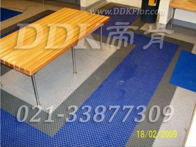 蓝色+灰色_桑拿浴室更衣室地面防滑材料