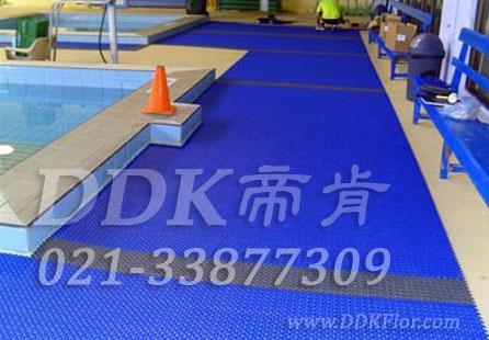 蓝色_桑拿休闲池边防滑舒适走道地面材料铺装