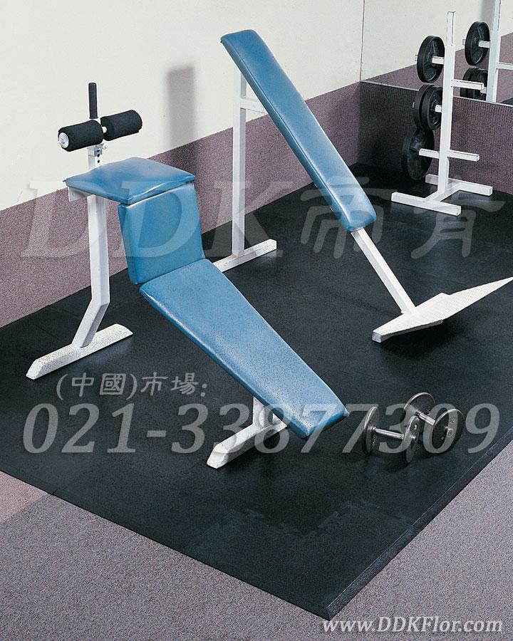 器械区黑色效果样板图片,帝肯(DDK)_4000(JP|劲豪)效果图,健身房地胶,健身房地毯,健身房地板胶,健身房地板,健身房地垫,健身房橡胶地板,健身房防震地垫
