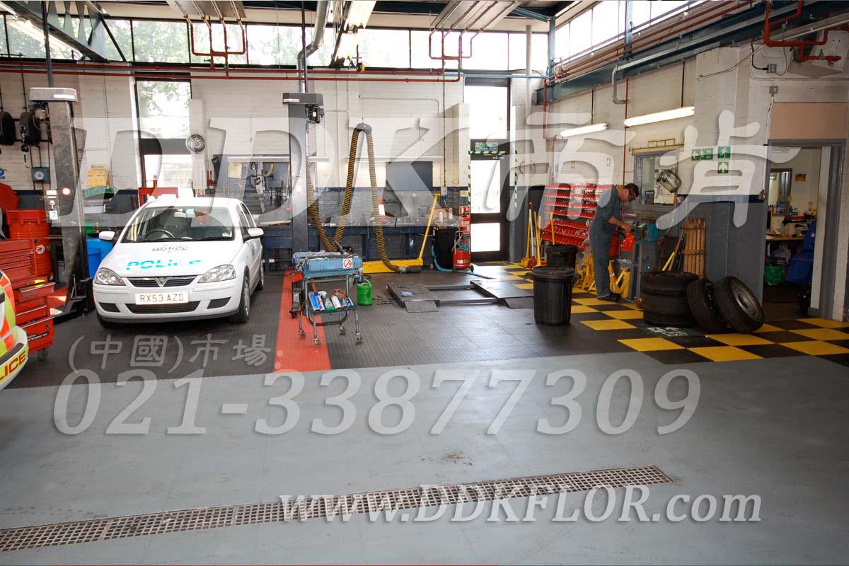 灰+红+黄_车辆维修车间地面材料铺装