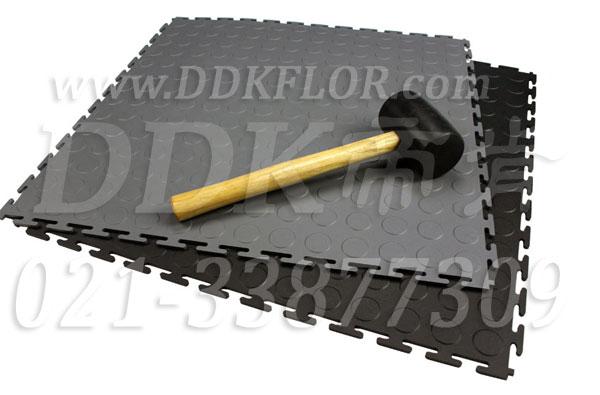 【工业用敲打式锁扣装地板】什么是敲打式工业用锁扣装地板?