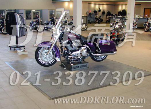 灰色系_摩托车展厅地面铺设材料