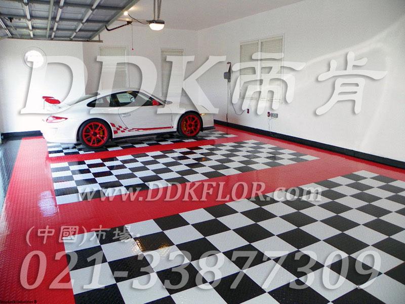 红+黑+白色_私人车库装修效果图