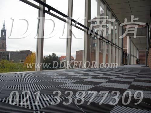 灰白铺装_欧式室外走廊拼装地板地砖