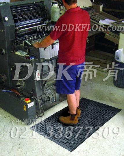 车间地面防滑及保障安全和缓解站立疲劳的铺地材料_黑色(2)