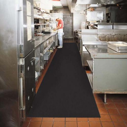 厨房操作间地面防滑卷材黑色地毯(1)样板图片,帝肯(DDK)_S450_798(食堂厨房地面防滑地胶材料)效果图,厨房地垫,厨房地毯,厨房地胶,厨房防滑地垫,厨房防滑地毯,厨房防滑地砖,厨房防滑垫,餐厅厨房专用地毯,餐厅防滑地垫,食堂专用防滑地毯,食堂用防滑地垫,食堂防滑垫,pvc防滑地毯,塑料防滑地毯,橡胶防滑地毯,防滑地毯,pvc防滑地垫,橡胶防滑地垫,防滑地垫卷材,防滑橡胶地垫,防滑橡胶垫,防滑毯,安全防滑垫,安全垫,安全地胶,安全地垫,橡胶防滑垫,耐油防滑垫,通道防滑垫,过道防滑垫,防水防滑垫,防油防滑垫