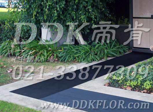 黑色户外走道防滑地毯卷材(9)样板图片,帝肯(DDK)_S450_660(室外地面防滑地毯材料)效果图,室外地垫,室外地板胶,室外地板革,室外地毯,室外地胶,室外塑料地毯,室外塑胶地板,室外橡胶地板,室外防水地板,室外防滑地垫,室外防滑地毯,室外防滑垫,弹性地胶,户外地胶,户外地毯,户外地垫,户外绿色地毯,户外塑胶地毯,地胶,走道地垫,走道地毯,走道垫,通道地毯,过道地毯,过道防滑垫,橡胶防滑地毯,防滑地毯,塑料防滑地毯