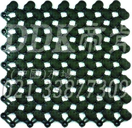 经济型耐油工业地材解决方案:PVC材质_防滑_网状通底(任意拼接延展型耐油防滑地毯)