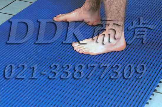 帝肯(DDK)_1900_337(浴室及更衣间地面防滑材料)工厂走道地垫,工厂用塑料地板,工毯