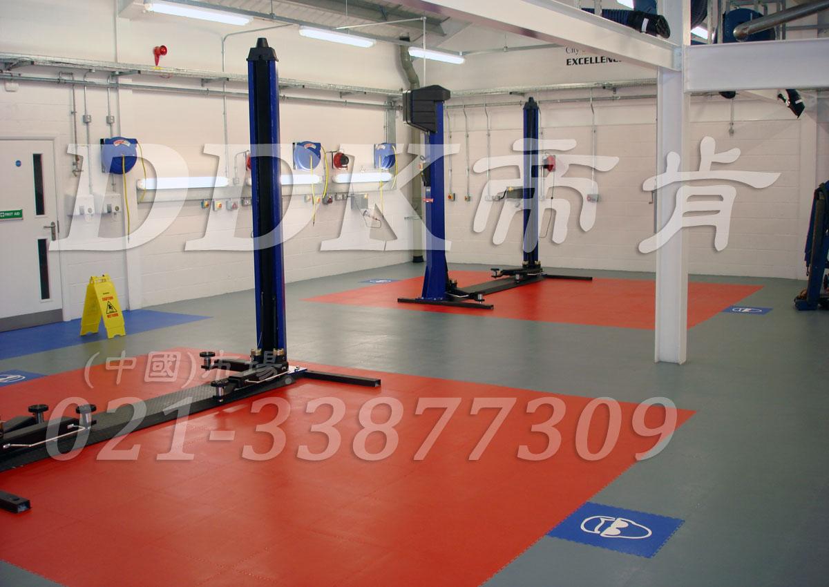 灰色耐磨地板 汽修厂举升机地面抗压材料铺设样板图片 效果图 帝肯