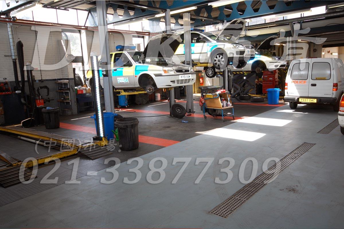 【汽车维修车间地砖】汽修厂车间地面用什么防滑地砖好?