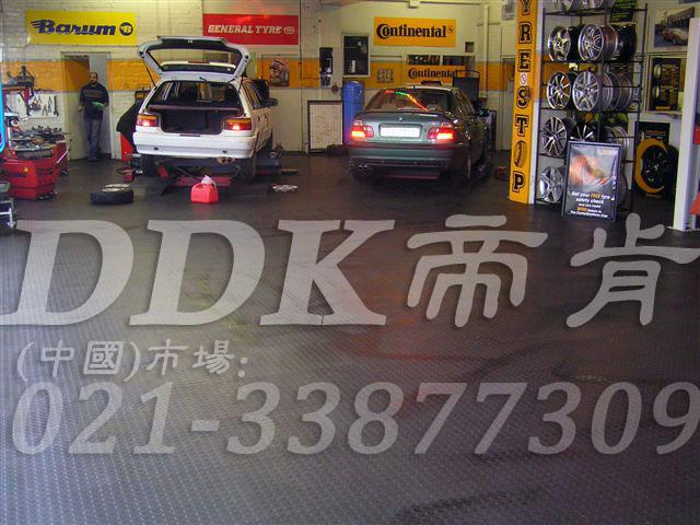 0400汽车修理厂车间地胶
