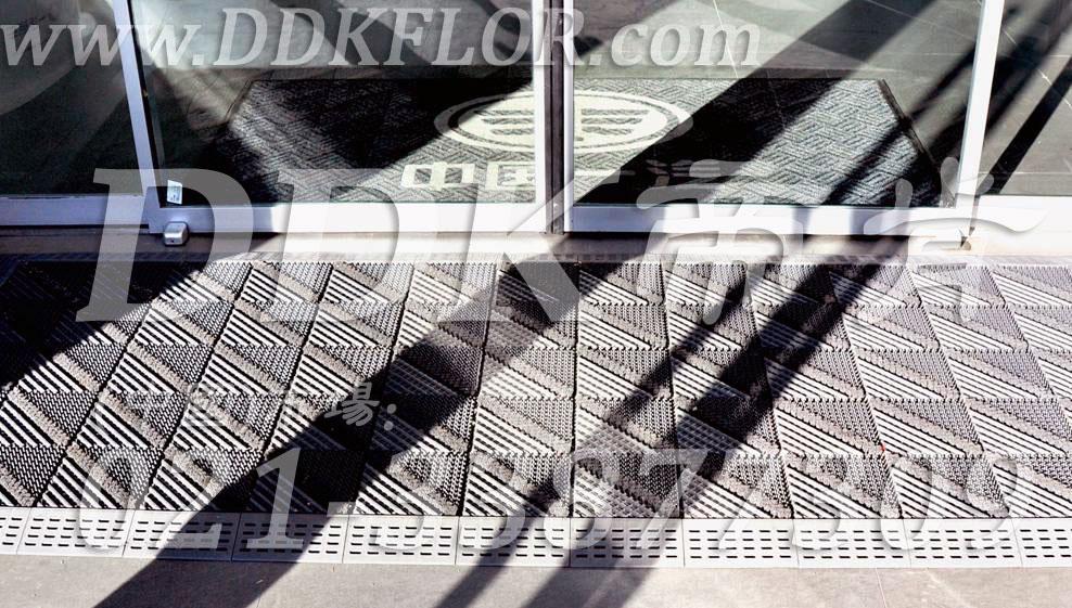 帝肯(DDK)_900_9000(LOTO|力拓)防尘防污地垫,防尘防滑地垫,门口除尘地垫,门口防滑垫,门口防滑地胶,门口防滑地垫,除尘地垫,防滑除尘地垫,除尘脚垫,除尘垫,除尘地胶,除尘地毯,刮泥地垫,入口防水地垫,入口防滑垫,