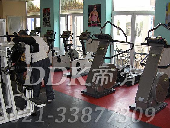 室内健身房运动地面材料(31)_红色加灰色