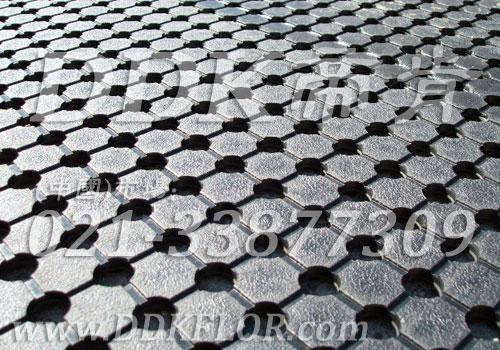 圆孔橡胶防滑毯(1)_黑色样板图片,帝肯(DDK)_4500(BRD|大道)效果图,多孔橡胶垫,多孔防滑地垫,塑料橡胶地毯,安全橡胶地垫,安全地毯,安全地垫,安全地胶,安全垫,工业地毯,工业防滑地毯,工业防滑垫,橡胶地毯,户外网状橡胶垫,橡胶防滑地垫,橡胶防滑地毯,橡胶防滑垫,橡胶脚垫,排水地垫,排水防滑垫,漏水橡胶垫,耐油工业橡胶垫,耐油橡胶地垫,耐油橡胶垫,船用橡胶垫,船用橡胶防滑垫,防滑橡胶垫,防滑橡胶地垫,预制型橡胶卷材,s形防滑地垫,s形防滑垫,s纹型防滑垫,地面防滑垫,安全防滑垫,室外防滑地垫,室外防滑地毯,室外防滑垫,室外防滑透水垫,工厂防滑地垫,工厂防滑垫,带孔防滑垫,户外防滑垫,工业防滑地垫,流水线防滑垫,甲板防滑垫,漏水防滑垫,疏水防滑垫,疏水防滑地垫,网格防滑垫,网状防滑垫,耐油防滑地垫,耐油防滑垫,车厢防滑垫,车间防滑垫,车间防滑地垫,车用防滑垫,过道防滑垫,茶水间防滑地垫,走廊防滑垫,通道防滑垫,重型防滑耐油垫,透水防滑塑胶地垫,通道地毯,防滑塑料毯,防水防滑垫,防滑卷材,防滑地垫卷材,防滑地板革,防滑地毯,防滑隔水垫,防潮地垫,防滑毯,z字型疏水垫