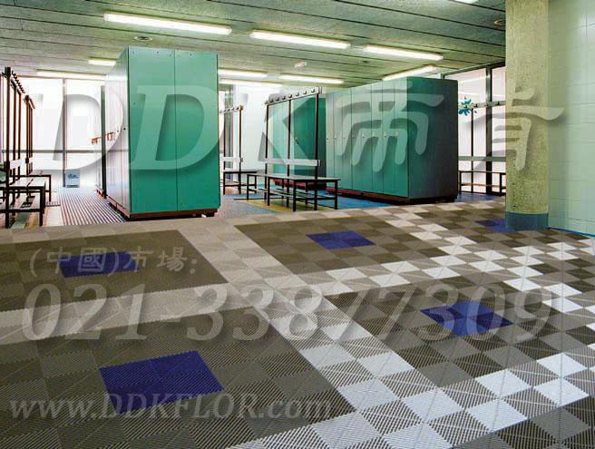 蓝色和灰白相拼纹_洗浴中心地面防滑地板材料(4)样板图片,帝肯(DDK)_8100_337(疏水型卫生间浴室防滑地砖材料) 效果图,卫浴防滑垫,卫生间地垫,卫生间地板隔水垫,卫生间地胶,卫生间塑料地板,卫生间防水地垫,卫生间防水垫,卫生间防滑地垫,卫生间防滑地毯,卫生间防滑垫,浴室pvc格栅地板,浴室地垫,浴室地板,浴室地板砖,洗手间防滑垫,洗手间地垫,洗手间防滑地毯,洗浴防滑垫,洗澡间防滑垫,浴室地毯,浴室地砖,浴室地胶,浴室垫,浴池防滑垫,浴池防滑地垫,浴室防滑疏水砖,浴室防滑垫,浴室防滑地胶,浴室防滑地板,浴室防滑地垫,淋浴房防滑垫,公共卫生间塑料地毯,厕所防滑垫,桑拿地板