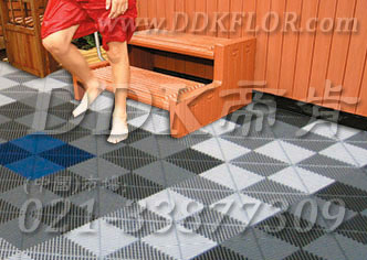 帝肯(DDK)_8100_337(疏水型卫生间浴室防滑地砖材料)浴室地垫,浴室地板,浴室地板砖,洗手间防滑垫,卫生间地胶,卫生间塑料地板,卫生间防水地垫,浴室地砖,浴室地胶,浴室垫,浴室防滑疏水砖,浴室防滑垫,桑拿地板
