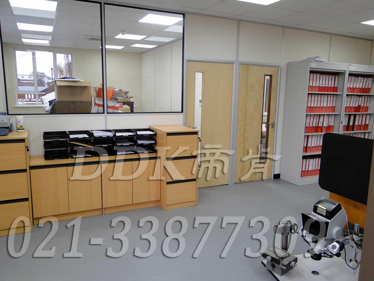 办公室室内装修地板砖_颜色灰样板图片,帝肯(DDK)_2000_8850(办公室地板装修材料)效果图,办公室pvc地板,办公室地板,办公室地板砖,办公室地板胶,办公室地胶,办公室塑胶地板,办公室片材地板,室内地板,室内地胶,室外地坪