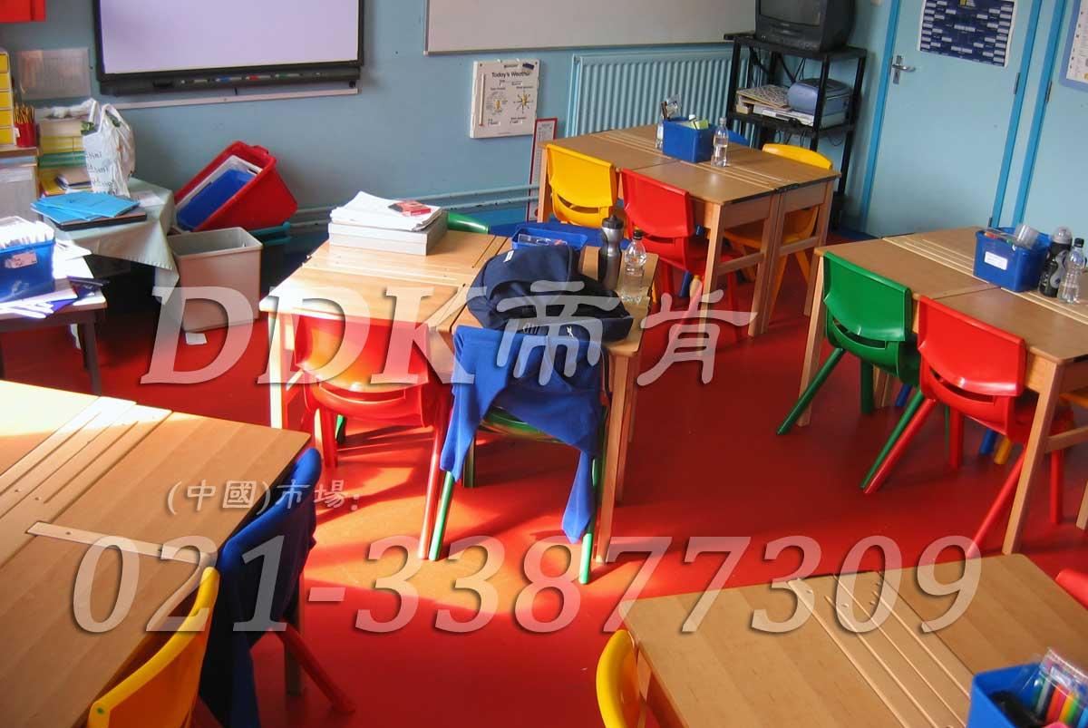 幼儿园地板图案_活泼红色幼儿园地板图片_幼儿园环境布置(5)样板图片,帝肯(DDK)_2000_3377(幼儿园教室地面材料)效果图,幼儿园pvc塑胶地板,幼儿园地板,幼儿园地板砖,幼儿园地板胶,幼儿园地板革,幼儿园塑料地板,幼儿园室内地板,幼儿园拼装地板,幼儿园教室地板
