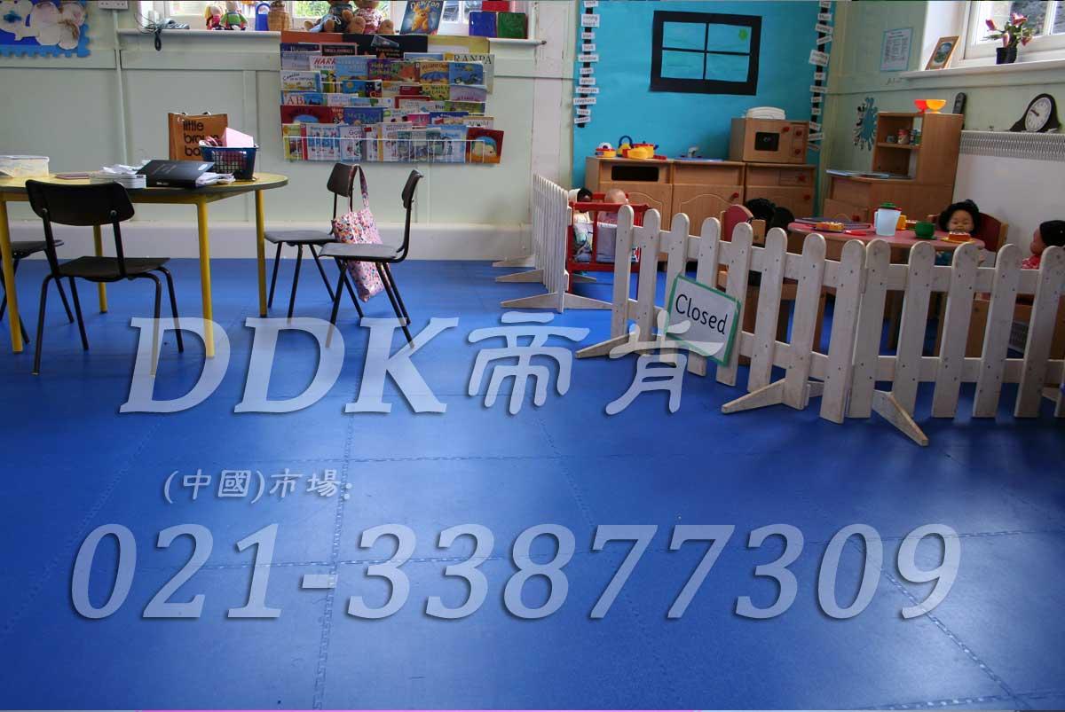 防滑安全的_蓝色幼儿园塑胶地板图片(7)样板图片,帝肯(DDK)_2000_3377(幼儿园教室地面材料)效果图,幼儿园pvc塑胶地板,幼儿园地板,幼儿园地板砖,幼儿园地板胶,幼儿园地板革,幼儿园塑料地板,幼儿园室内地板,幼儿园拼装地板,幼儿园教室地板