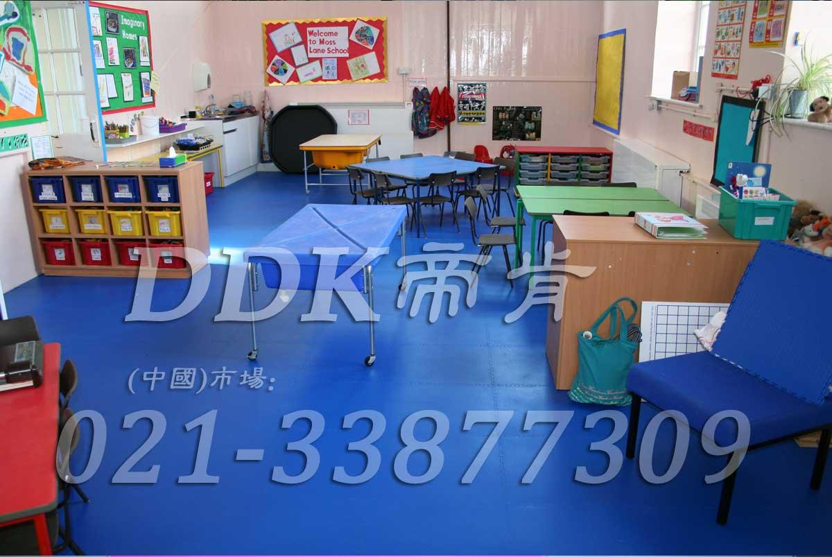 互拼式耐磨型幼儿园学校pvc塑胶地板(8)样板图片,帝肯(DDK)_2000_3377(幼儿园教室地面材料)效果图,幼儿园pvc塑胶地板,幼儿园地板,幼儿园地板砖,幼儿园地板胶,幼儿园地板革,幼儿园塑料地板,幼儿园室内地板,幼儿园拼装地板,幼儿园教室地板
