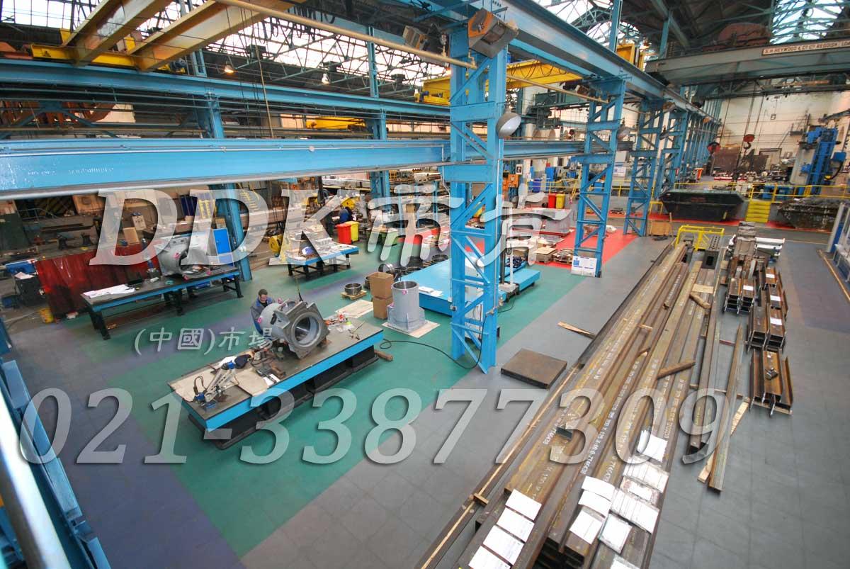 工业厂房重荷载地面彩色抗压地板_灰色和绿色