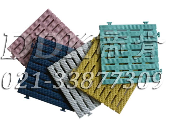 排条型_透底防滑板_30x30cm兰白草绿紫多色样板图片,帝肯(DDK)_8700(Anli|安利)效果图,塑料防滑网格垫,塑料网格防滑地垫,塑料网格扳,网格塑料垫,网格地垫,网格地板,网格防滑垫,网格塑料地板垫,防滑塑料网格,网孔地垫,室外拼接地垫,拼装地垫,拼接式地垫,拼接式防滑垫,防滑拼垫,PVC拼接地垫,室外镂空拼装地板,篮球场地拼装地板,漏水防滑垫,漏水地胶,漏水地垫,漏水橡胶垫,透水地垫,防水地垫,防水地毯,防水垫,防水地胶垫,防水防滑垫,隔水地垫,隔水地板,隔水材料,耐油耐水地垫,疏水垫,疏水性材料,疏水砖,疏水防滑地垫,疏水防滑垫,疏水板,塑料胶垫,pvc防水地垫,z字型疏水垫,卫生间防水地垫,卫生间防水垫,卫生间地板隔水垫,排水地垫,排水地板,排水防滑垫,泄水型地板砖,透水防滑塑胶地垫,防滑隔水垫,防潮地垫,pvc防滑地胶,PVC防滑垫,pvc地垫,pvc地胶