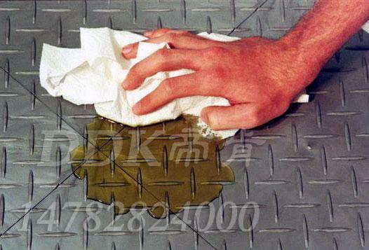 【工厂地面耐压耐油材料】铁板纹灰色拼块式耐油地板