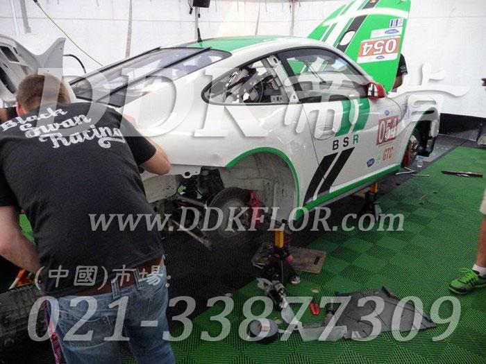 20绿色定制款赛车维修间地面拼装地板