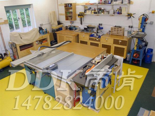 【模具车间橡胶地板】抗压耐磨型模具车间橡胶地板样板图片,帝肯(DDK)_2000_9979(工业厂房车间地面材料)效果图,工业橡胶地板,车间橡胶地板,pvc橡胶地板
