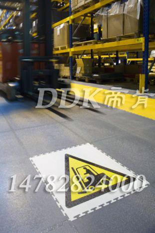 【走叉车pvc地板】pvc地板能走叉车吗?样板图片,帝肯(DDK)_2000_9979(工业厂房车间地面材料)效果图,叉车地垫,叉车地板,叉车地胶垫
