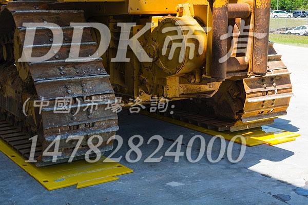 帝肯(DDK)_2750(BULL|公牛)履带车地坪防护板,承重防护地板,抗重压地垫,50吨履带车地面保护板,耐磨地胶